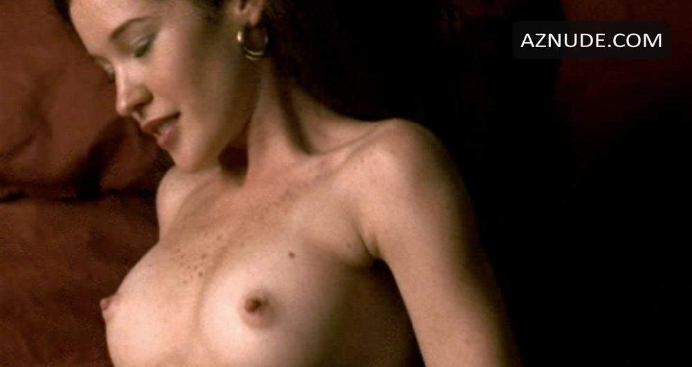 Liana Iniesta  nackt