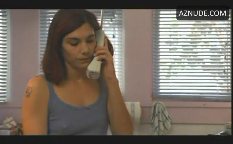 Liane Alexandra Curtis Sexet scene i Soundman - Aznude-3573