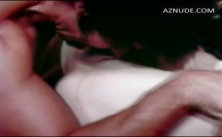 Linda Lovelace Breasts, Bush Scene In Deep Throat - Aznude-3967