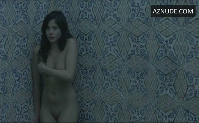 Lizzie brochere american horror story s02e02 - 1 part 10