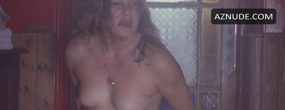 yvonne strahovski nude naked pics