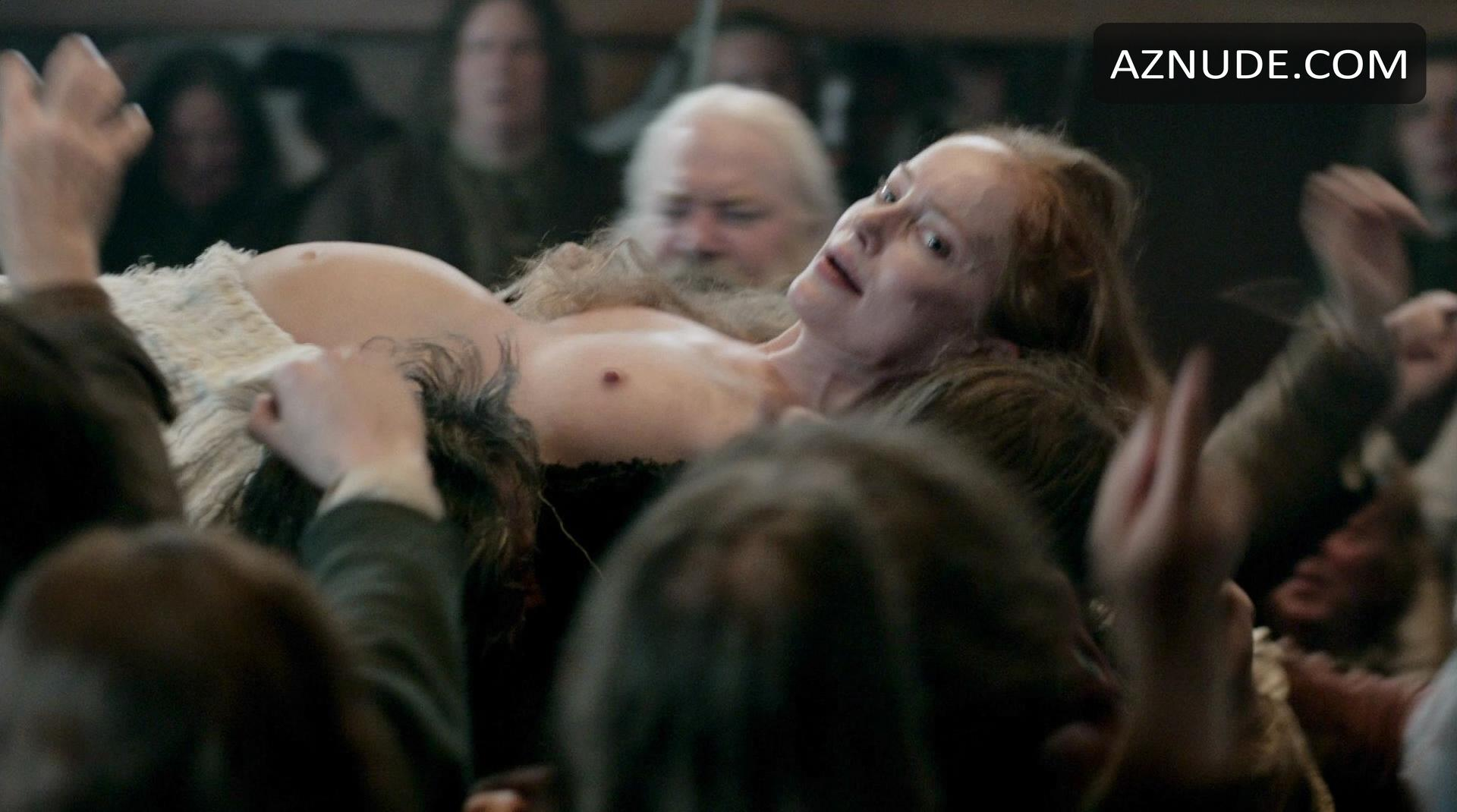 Caitriona balfe and lotte verbeek nude outlander s01e10 Part 5 6