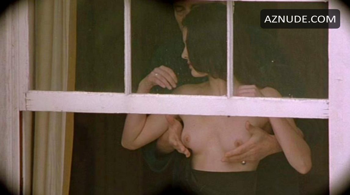 Louise Delamere Nude - Aznude-4060