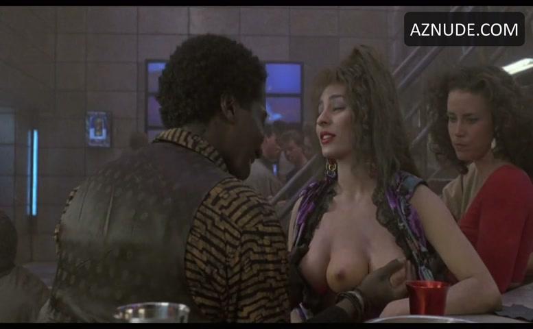 Lycia Naff Sexy Scene In Total Recall - Aznude-4884