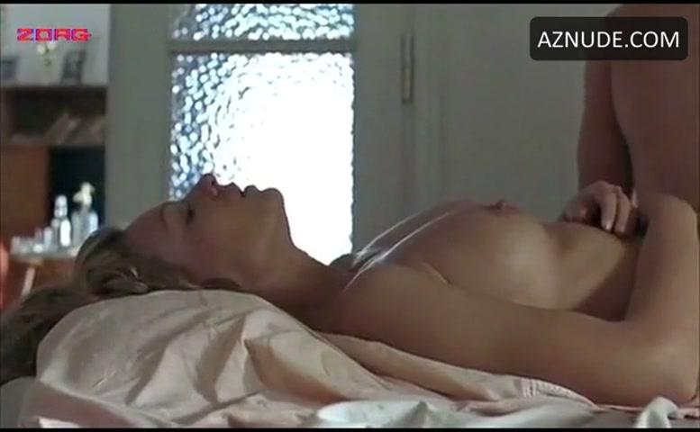Magdalena Boczarska Breasts Scene In Little Rose - Aznude-6196