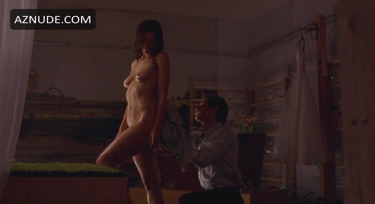 Nude Secretary Pictures