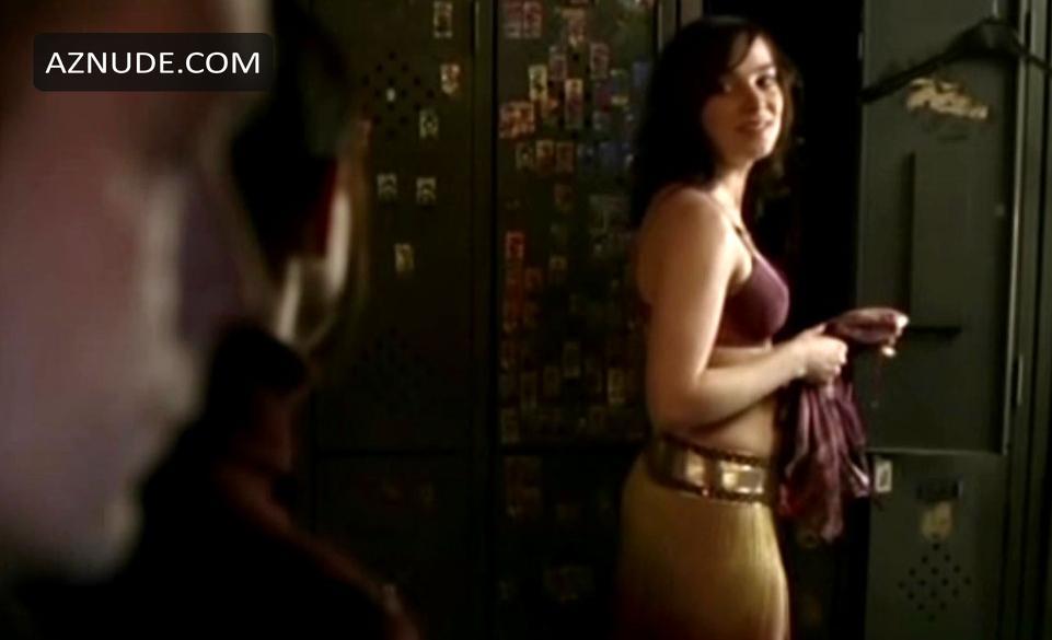 Nackt maya schöne Maya Schöne