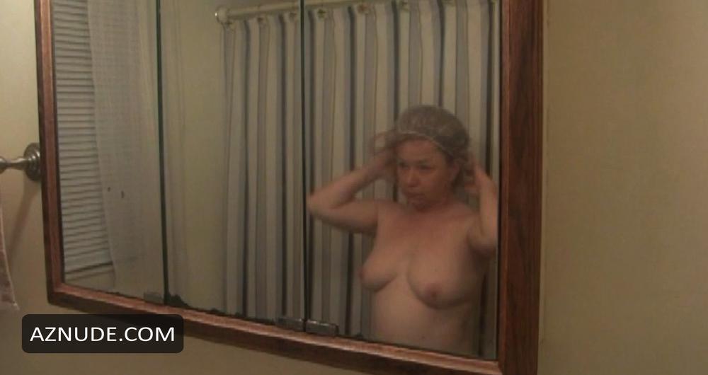 Jennifer Clay  nackt
