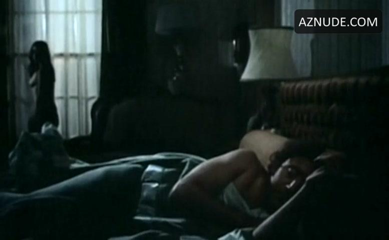 Margot Kidder Breasts Bush Scene In The Reincarnation Of Peter