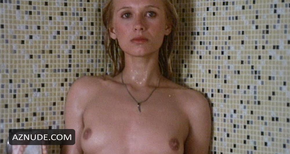 marianne nackt