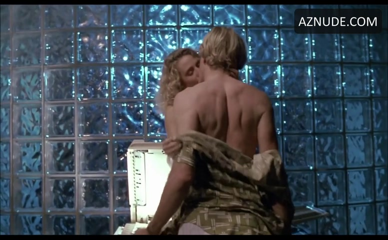 Glenn close sucking cock