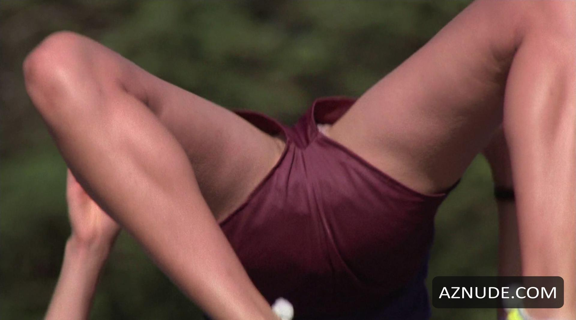 Sexy Renee Humphrey Nude Pics
