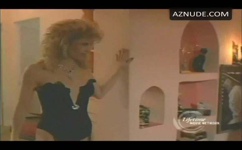 Markie Post Underwear Scene In Tricks Of The Trade - Aznude-9158