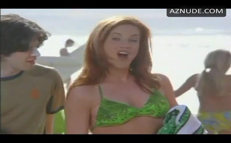 Melissa Joan Hart Bikini Scene In Sabrina, The Teenage -8460