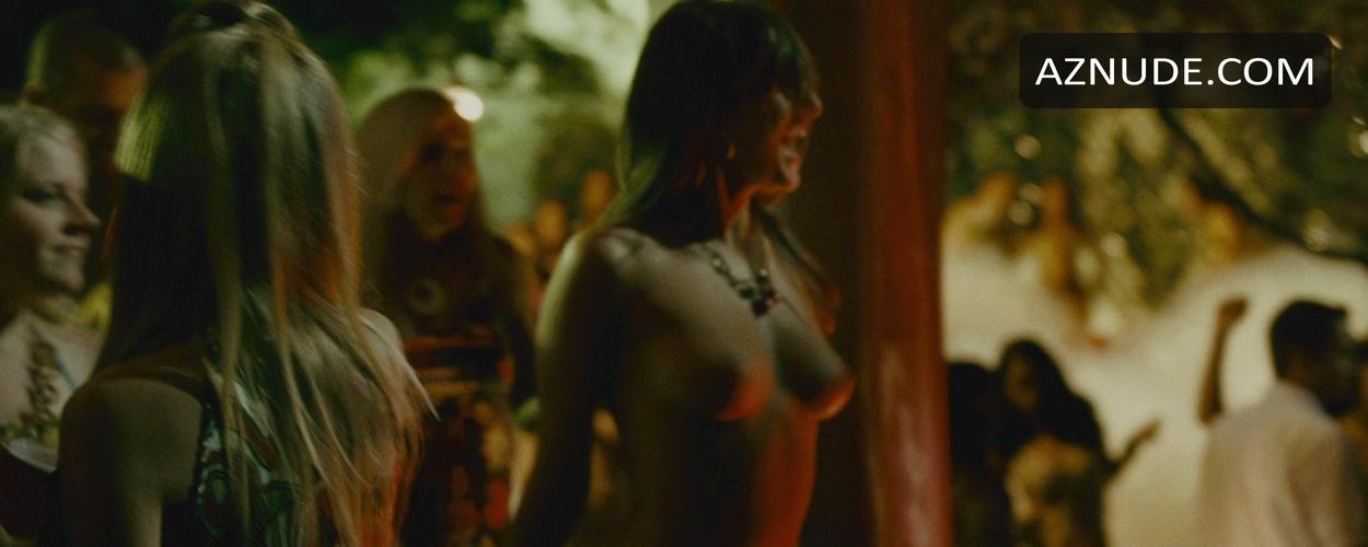 Nude filipino girls having sex in public places