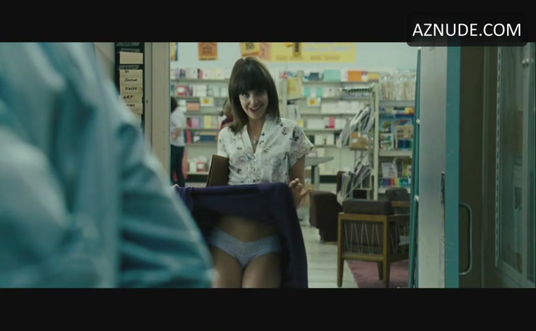 Mena Suvari Underwear Scene In The Mysteries Of Pittsburgh -5267