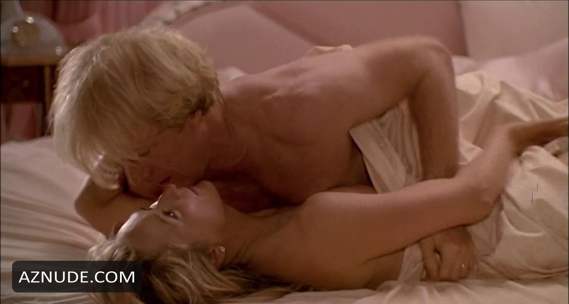 bond free julia pic porn