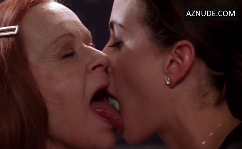 Mia kishner nude, women kissing nude sex