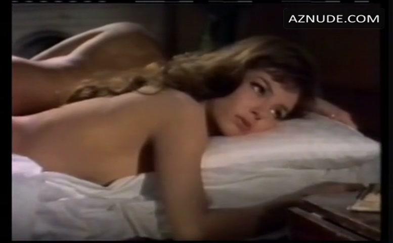 Emma Hamilton  nackt