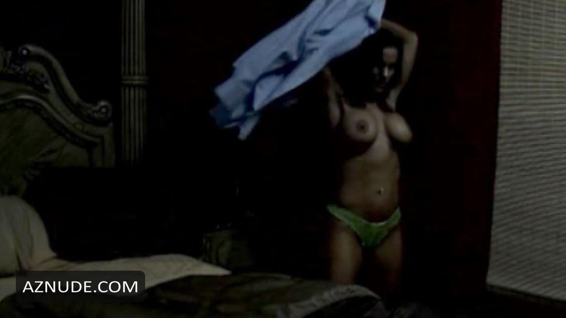 Nackt  Michelle Brancato MICHELLE A.