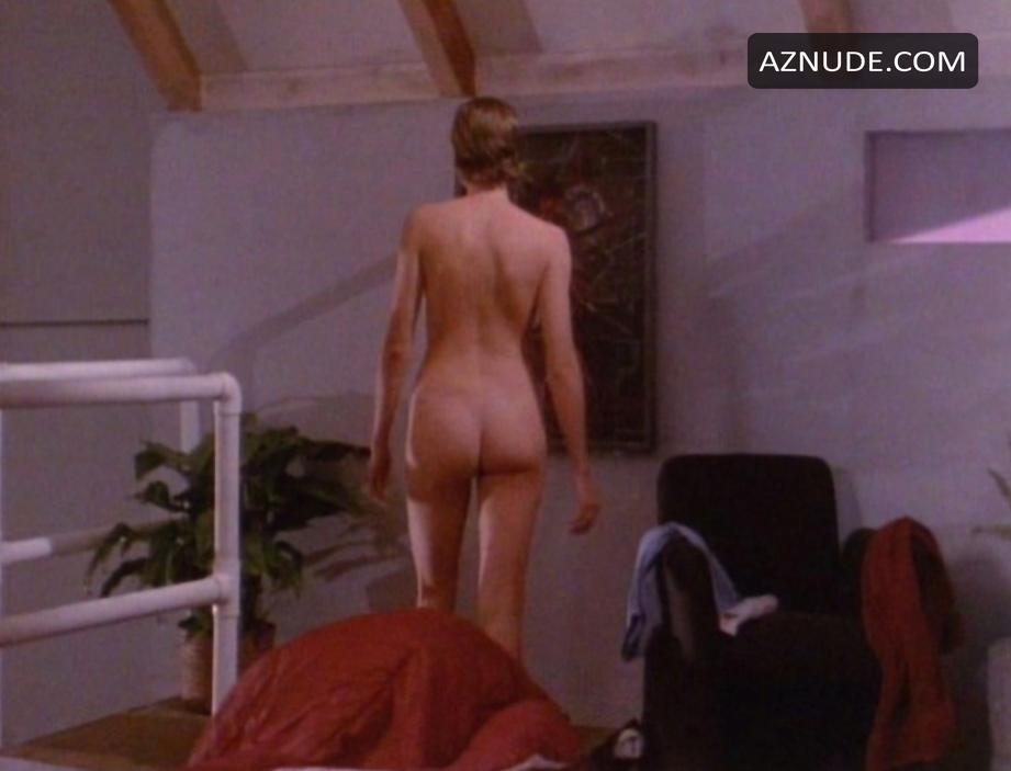 Michelle Johnson  nackt