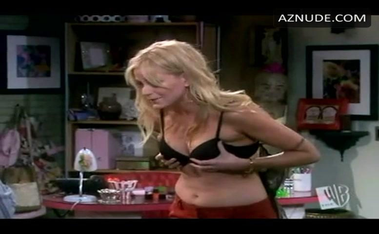 Molly Stanton  nackt
