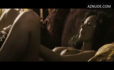lisa ray nude kill kill