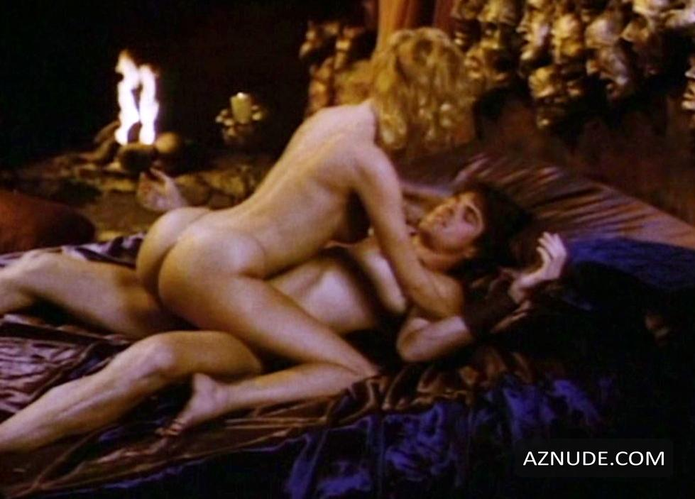 Tits Evil Queen Nude Gif