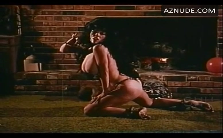Morganna Breasts, Butt Scene In Indian Raid, Indian Made -6572