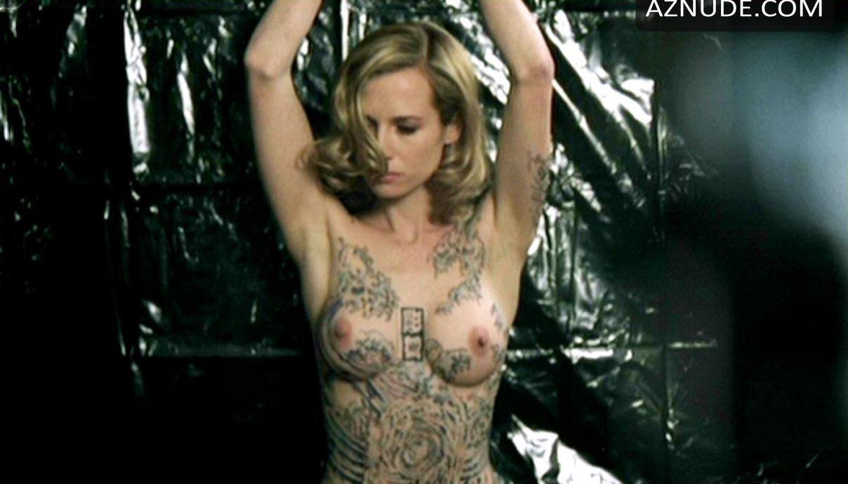 Alyssa milano nude scene in embrace of the vampire movie scandalplanetcom 8