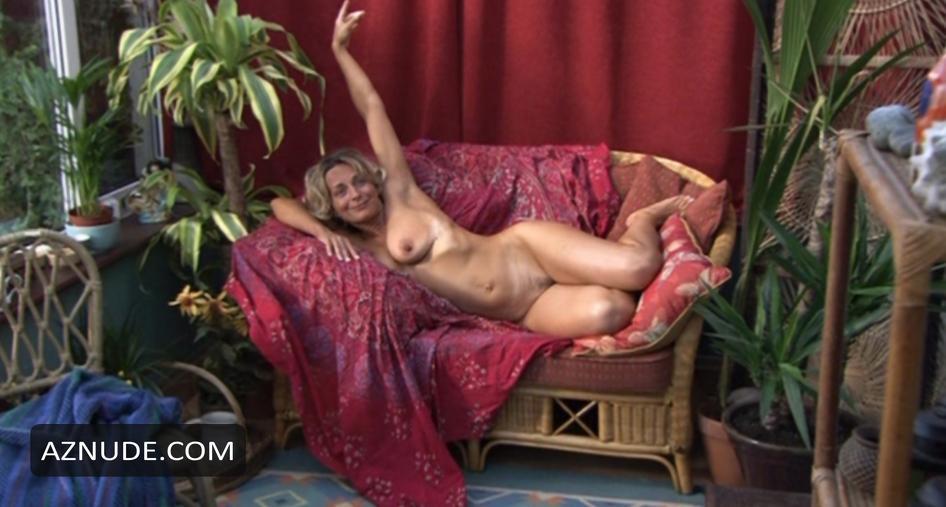 Boobs Siwan Morris Naked HD