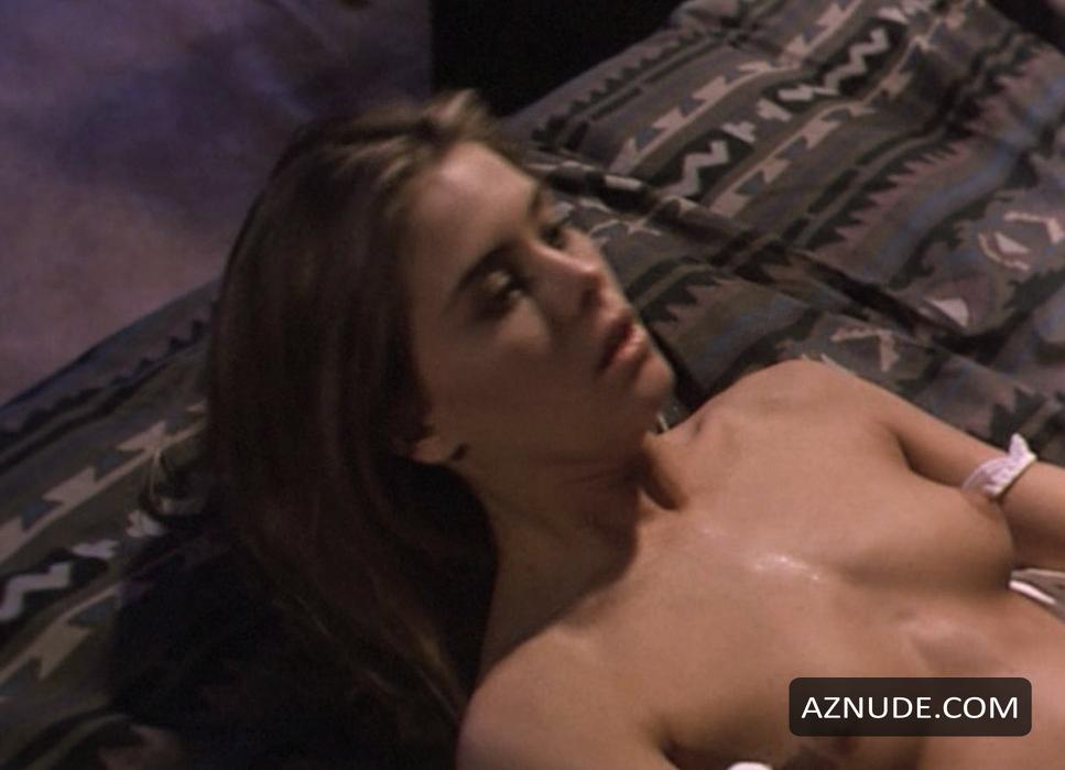 Russian brunette gave suck and made double penetration