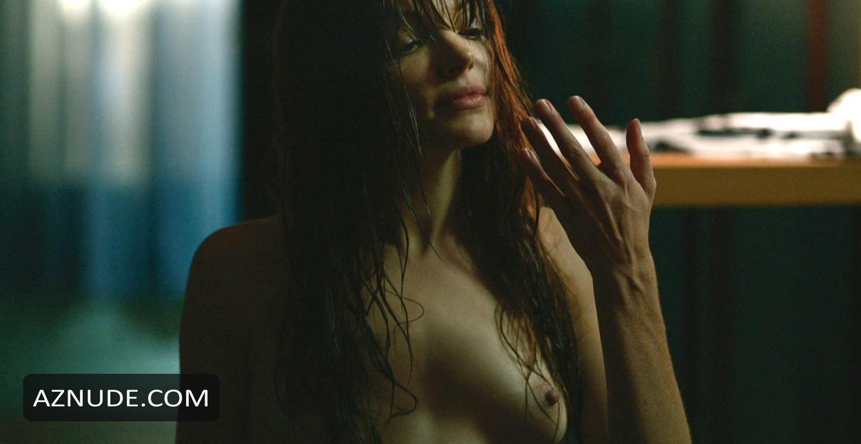 Topless Nia Vardalos Nude Pictures