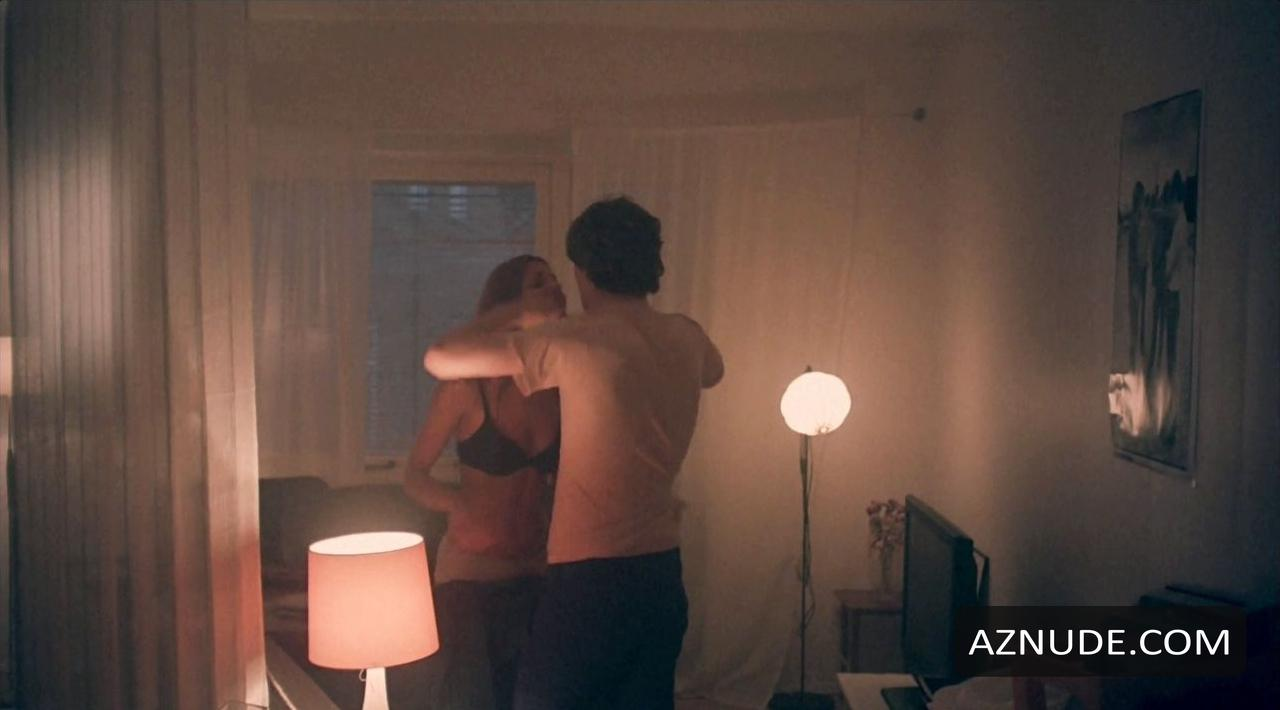 Boobs Erin Doherty Nude Pic