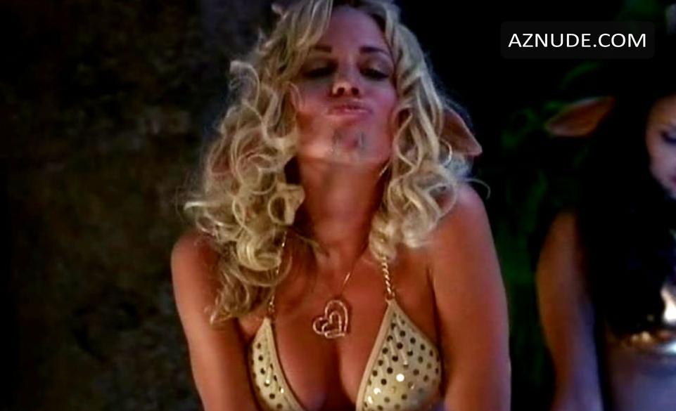 Olivia Hardt  nackt