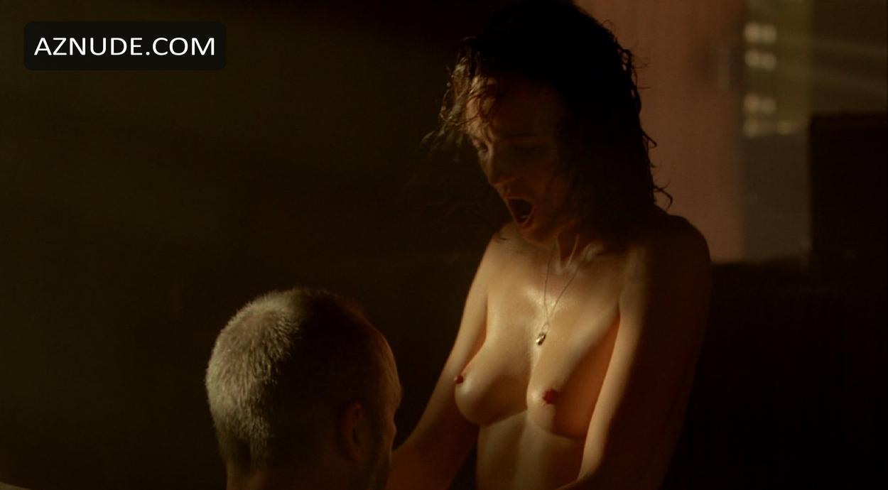 strike back nude scenes