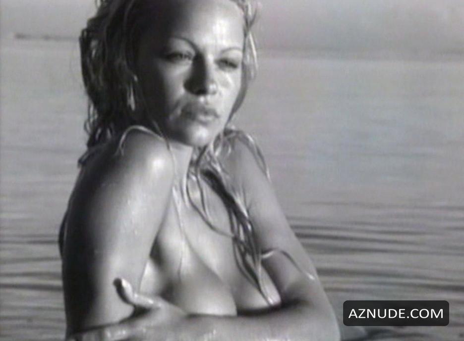 Pamela Anderson With The Girls Of Eden Quest Nude Scenes -3035