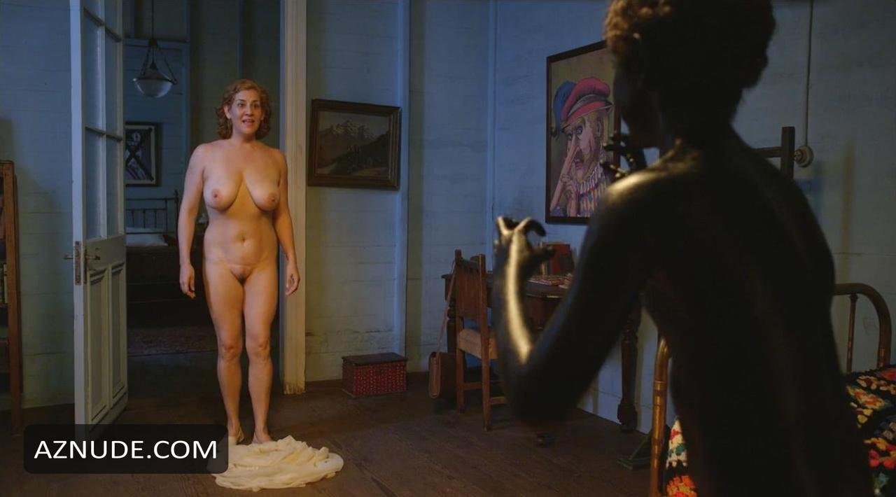 Pamela Flores Nude