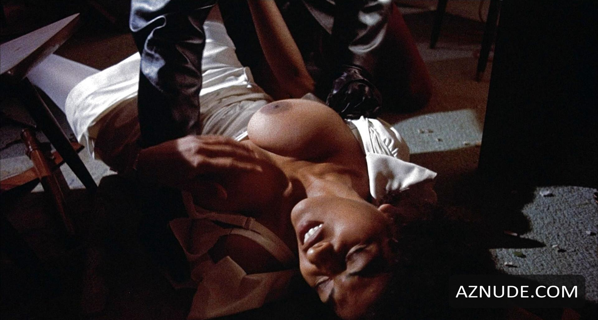 Pam Grier Nude In Coffy 35