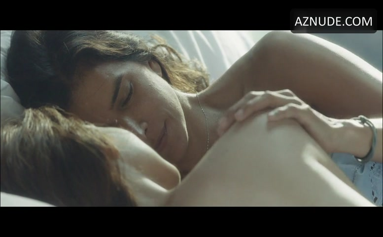 patricia-velasquez-sexy-nude-ass