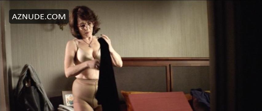 young desi auntys nude