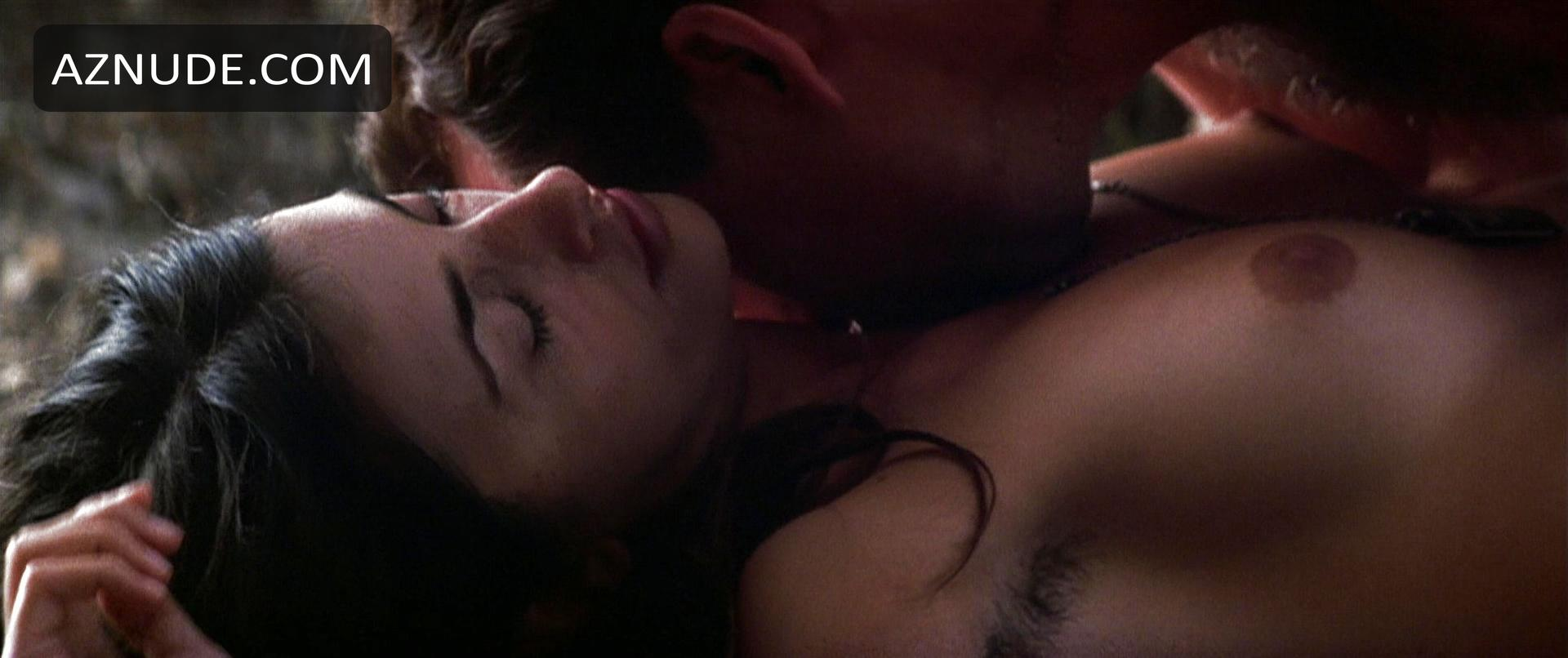 Captain Corellis Mandolin Nude Scenes - Aznude-7301