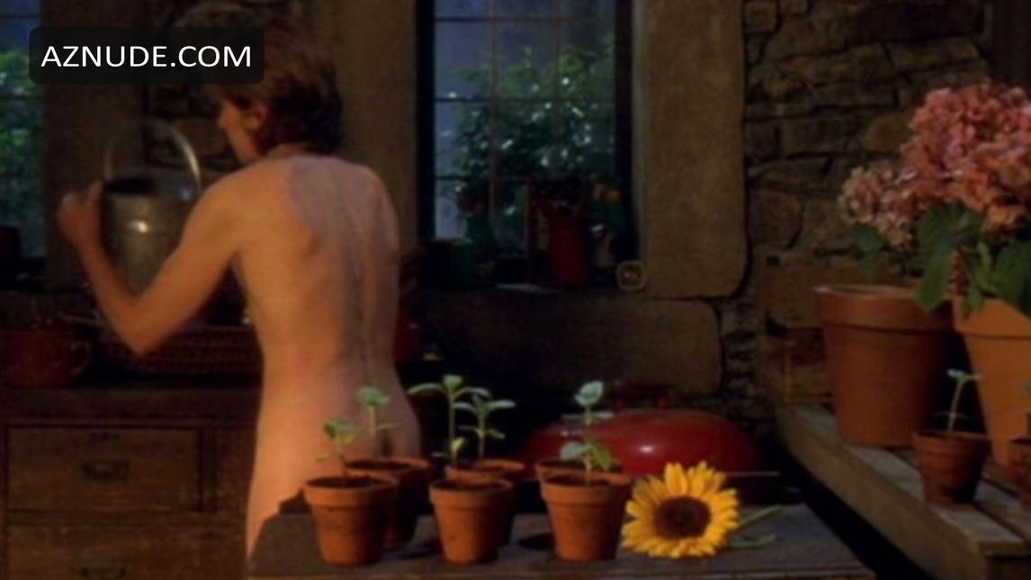 Erotic nude calendar girls