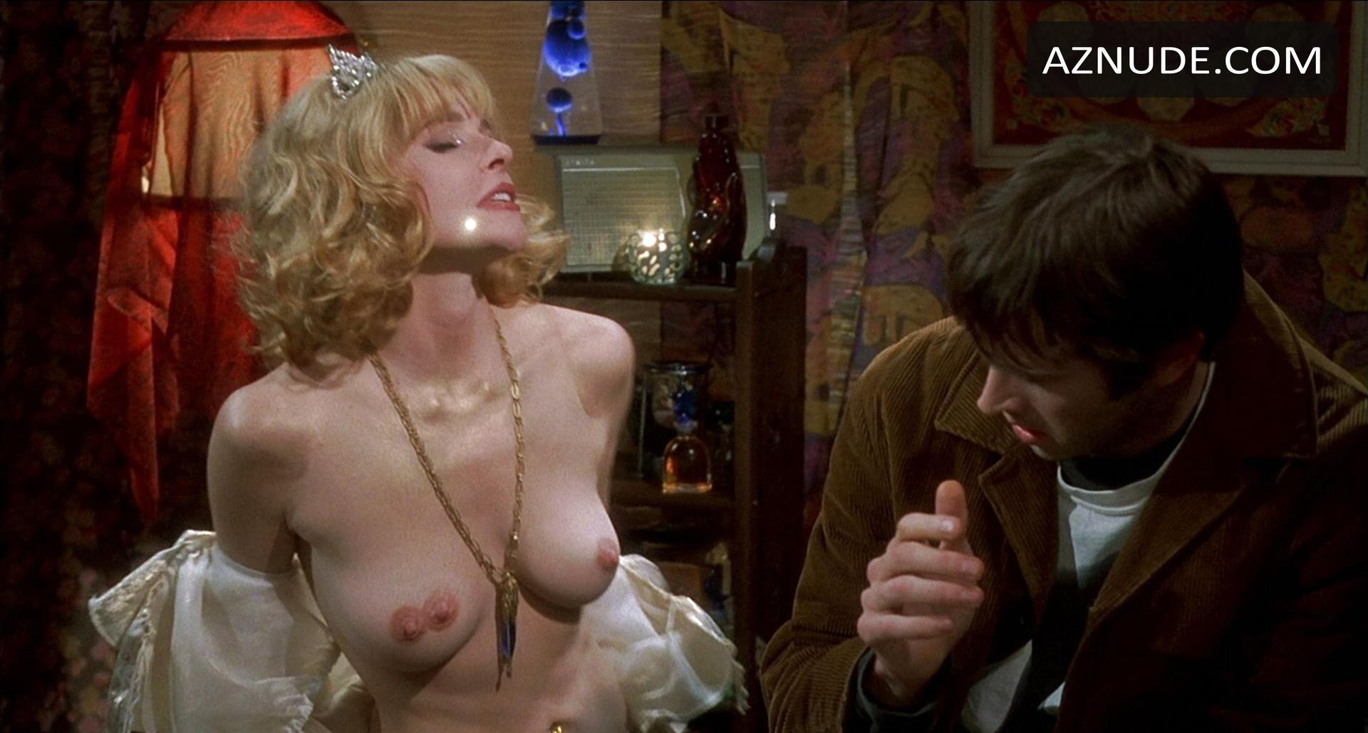 Italian Fucking Naked Girl From Mallrats