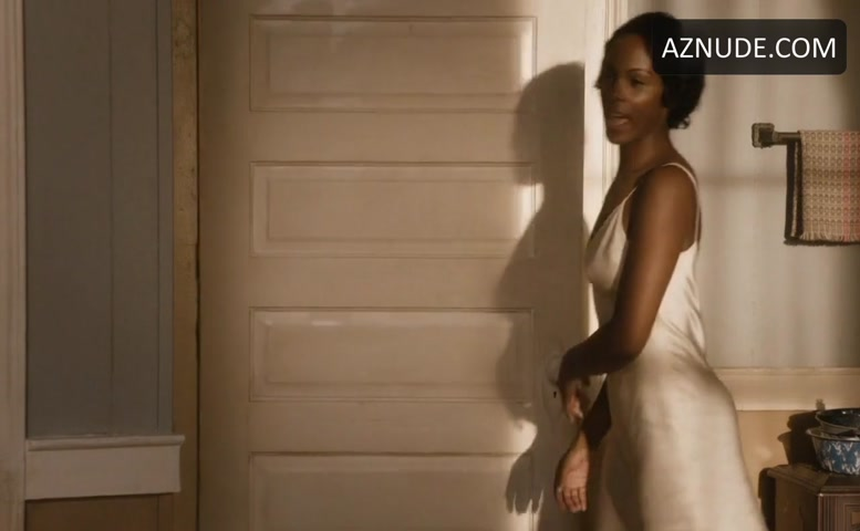 Queen Latifah Lesbian, Breasts Scene In Bessie - Aznude-5099