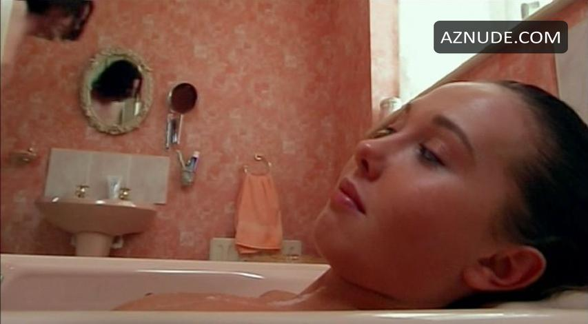 Hot Rebecca Atkinson Naked Pics