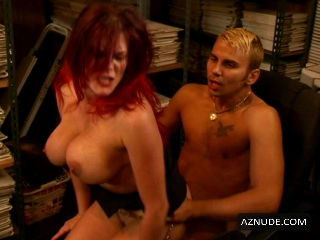 Movies nude housewives