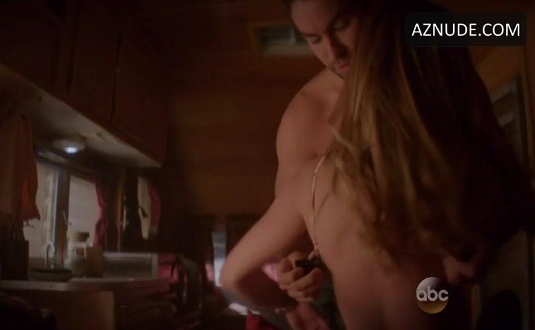 Rebecca Rittenhouse  nackt