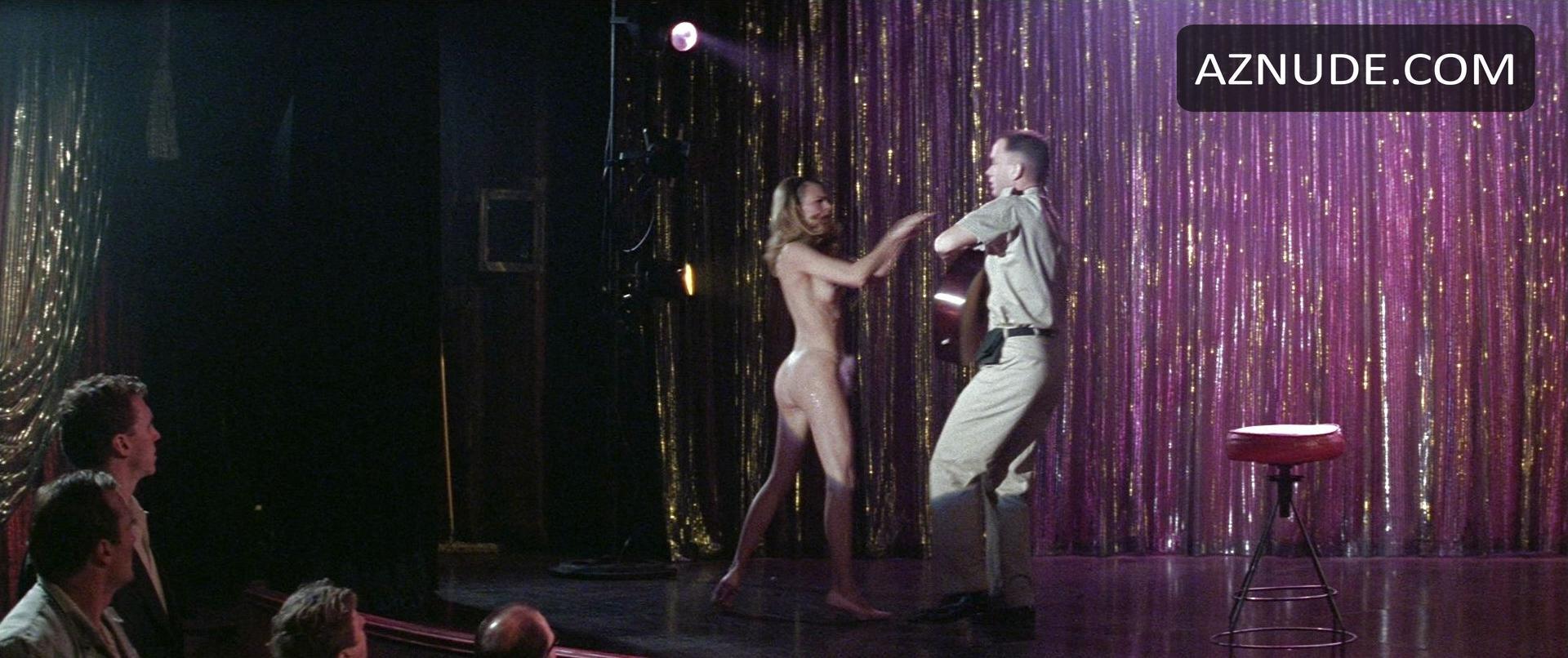sexy gerls naked man