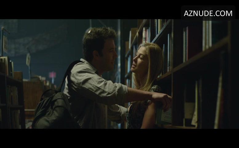 Rosamund Pike Sexy Scene In Gone Girl - Aznude-3539